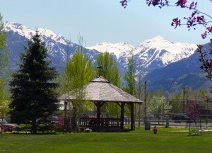 Ridgway's town park in spring.